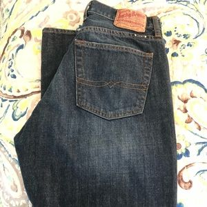 Men's Lucky Brand Jeans 34 x 32 relaxed fit